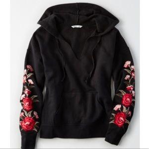 American Eagle embroidered hoodie sweatshirt L